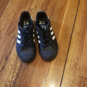 Black Adidas shell top sneakers